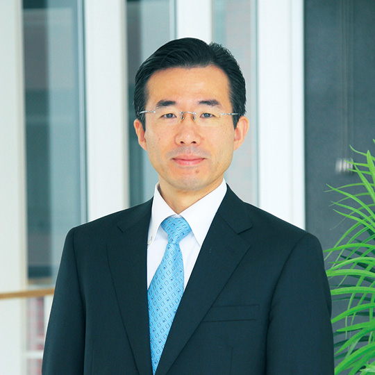 Chair of the Department of Health and Bio-Pharmaceutical Sciences Kenji Moriyama